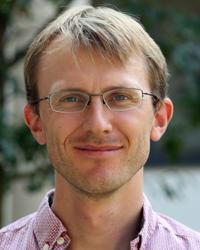 Dr Andrew   Cockburn